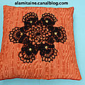 coussin Catherine orange 01