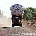 Siné Saloum - camion charbon de bois