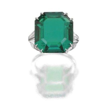 Platinum__Emerald_and_Diamond_Ring__Harry_Winston__Circa_1955a