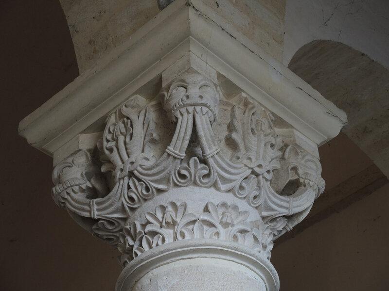Saint-Révérien, prieuré, chapiteau (58)