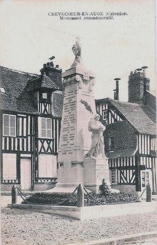 La place - le monument aux morts