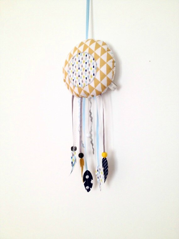 Dream catcher musical marine jaune moutarde