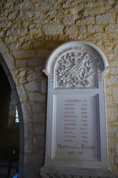 24250 - Veyrines - église 2