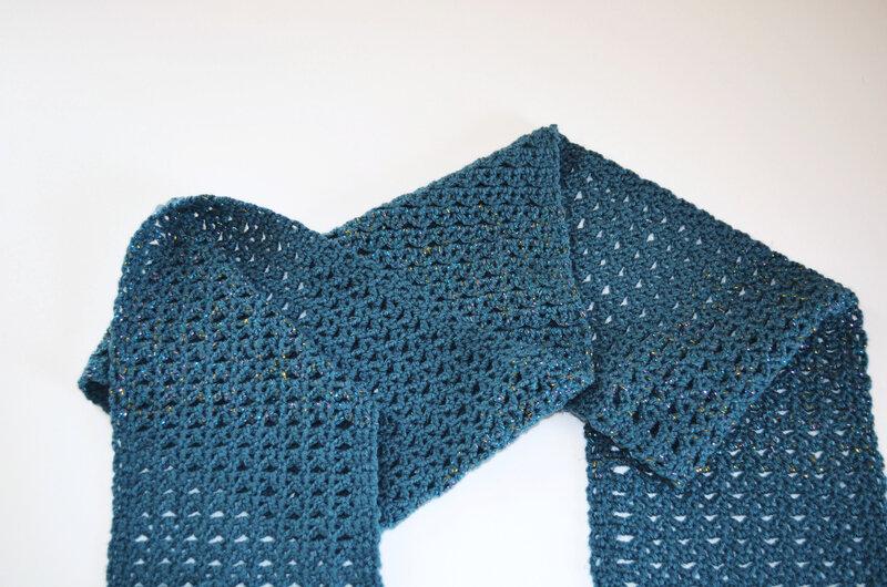 Echarpe fleurs bleues-crochet-La chouette bricole (21)