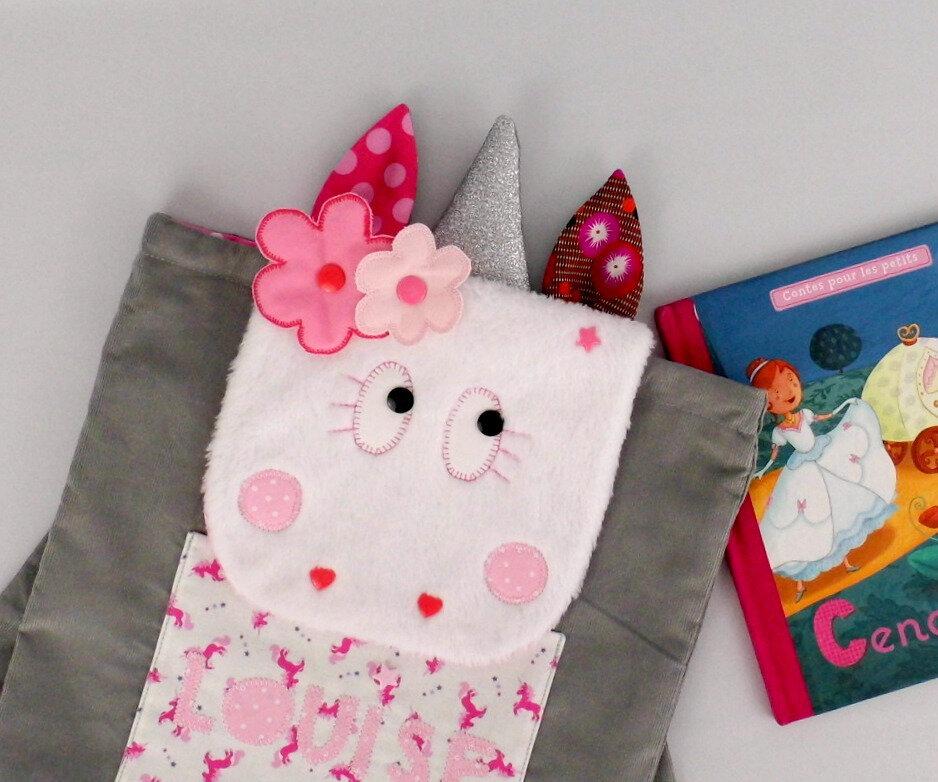 Sac licorne personnalisable ^rénom Louise couleurs rose gris sac à dos personnalisé rentrée école maternelle crèche sac à dos bébé licorne unicorn backpack with name preschool