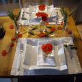 Table couleur coquelicot