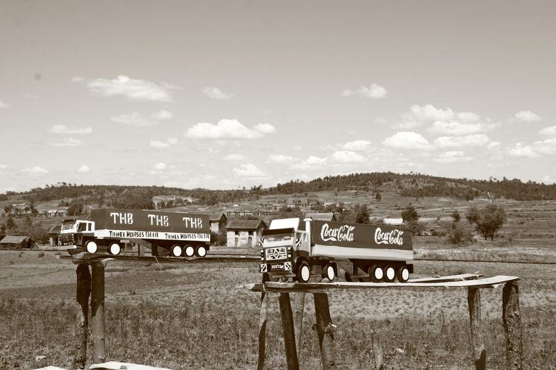 Camions en bois 2