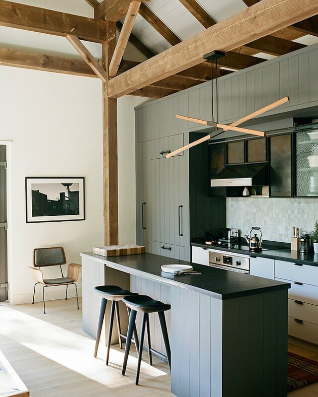 new-york-husdon-valley-barn-retreat-kitchen