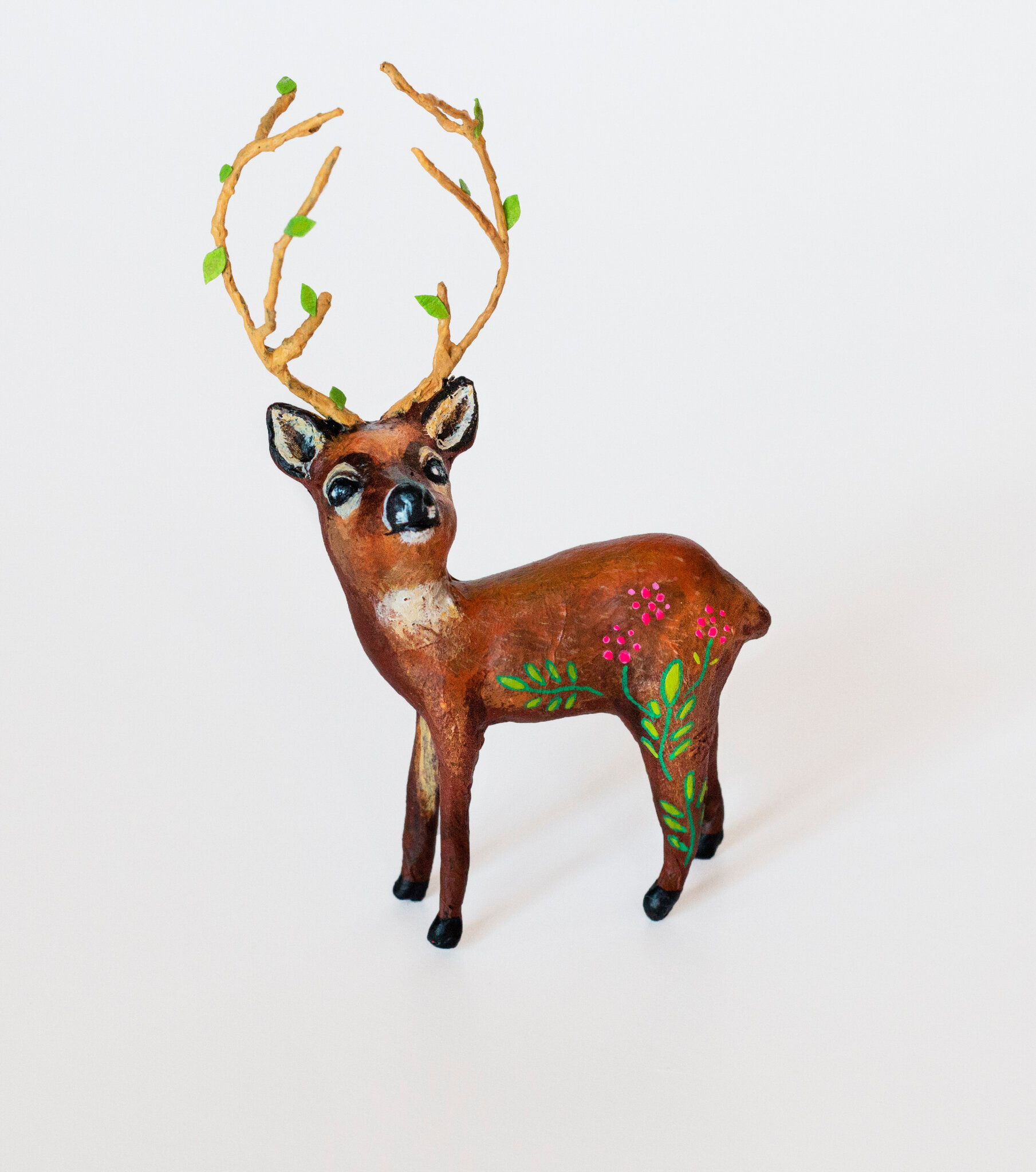Deer3_Papiermache_Sculpture_AlinePallaro_2018 copie