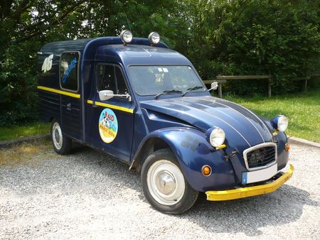 CITRO_N_2CV_fourgonnette_Lampertheim__1_