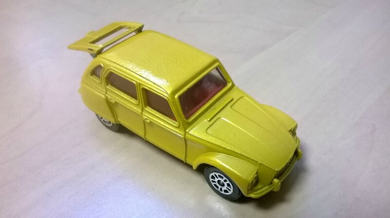 89_Citroën Dyane_02