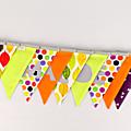 Banderole chambre enfant personnalisé prénom Maloé guirlande de fanions multicolores personnalisable couleurs deco chambre bébé cadeau naissance aniversaire fille
