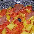Dessert : salade de papaye, mangue et pamplemousse