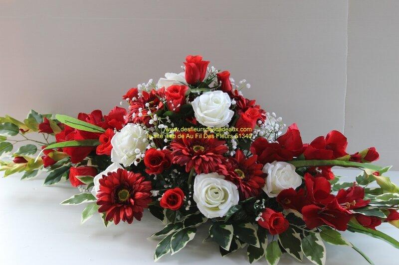 raquette de fleurs pour cimetière rouge (2)