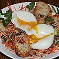 Salade carottes, chou blanc, ciboulette, oeufs molets