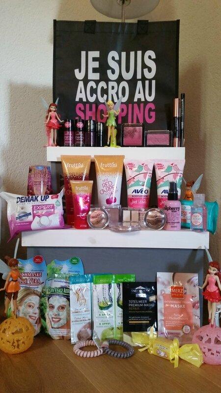 hall-muller-fruttini-aveo-catrice-essence-montagne jeunesse- demak up-vernis-rouge à lèvres-blush-enlumineur-crème-masque-