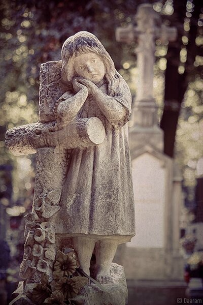 Angel-of-Krakow_2_Daaram
