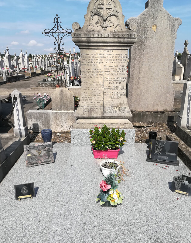 tombe familiale Louis Ferrier (1)