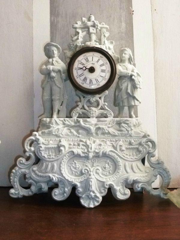 horloge régule personnages patine grise