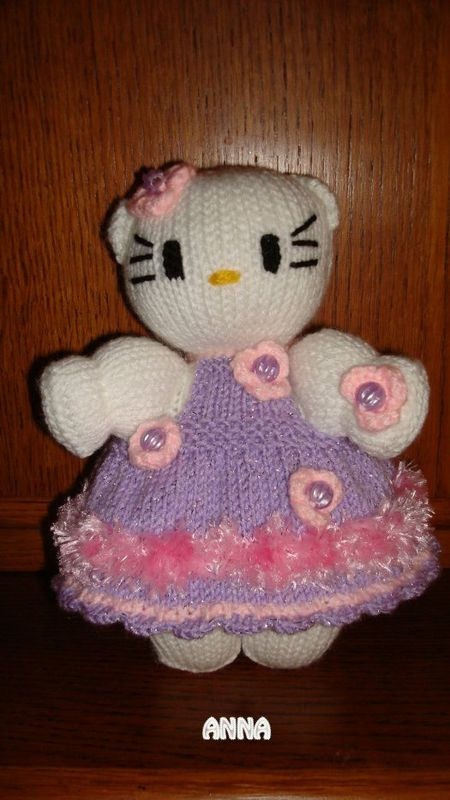 Poupee hello kitty au tricot pas de tuto creation perso passiondanna1 - Maison de poupee hello kitty ...