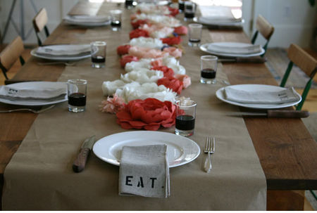 rustic_tablescape_paper_fabric_flower_centerpiece_table_runner_wedding1