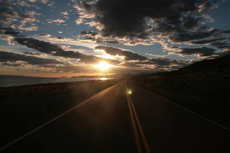 soleil_sur_une_route_patagonienne