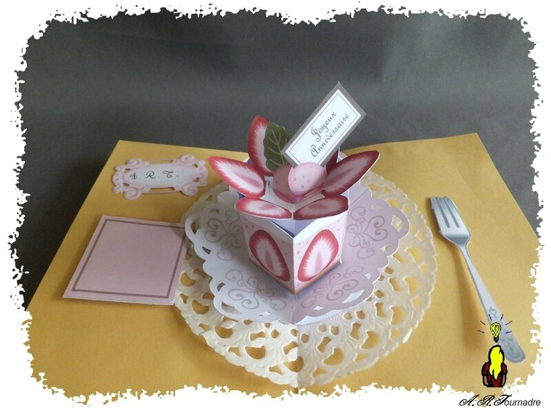 ART 2017 06 gateau fraises pop-up 4