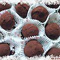 Truffes au chocolat noir et piment d'espelette