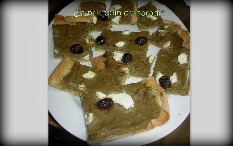 pizza caviar d'aubergine ricotta