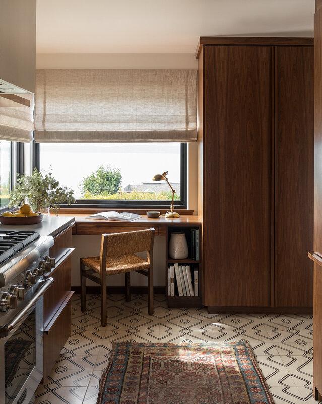 Heidi Caillier Design interior designer Seattle modern traditional (27)