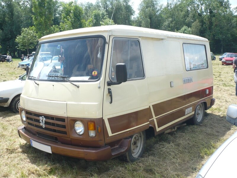 PEUGEOT J9 Knuffel camping car 1982 Madine (1)