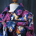 Manteau AGLAE en lainage polyester multicolore sur fond noir (6)