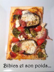 Pizza_ch_vre__aubergine__brocoli__jambon_fum_
