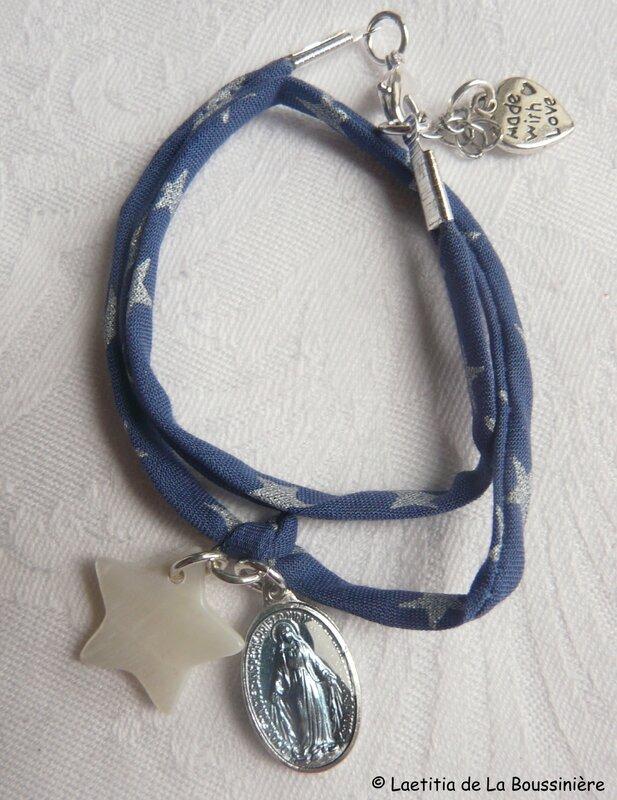 Bracelet Couronnée d'Etoiles sur ruban fin bleu étoiles argent