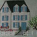 La maison aux volets bleus ..