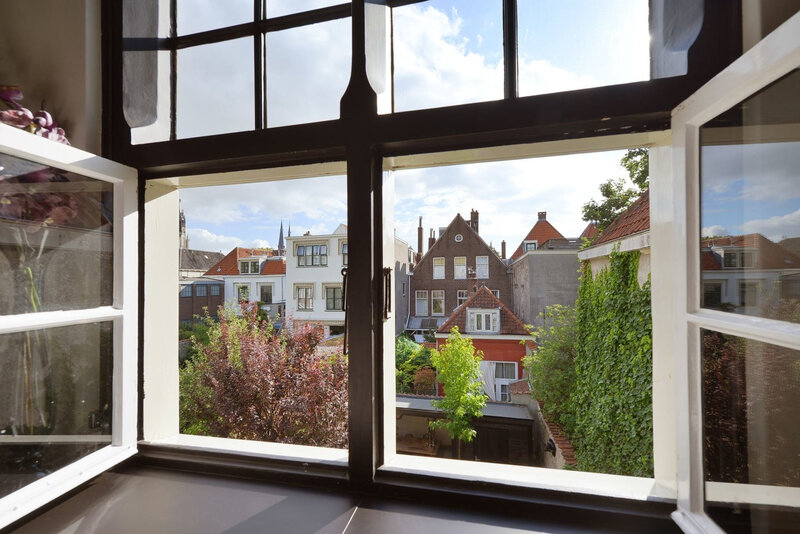 A 17thcentury canal home in The Netherlands trop joli0 (13)