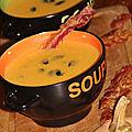 Veloute epice de butternut au lard et legumes oublies, tranches de poitrine grillee