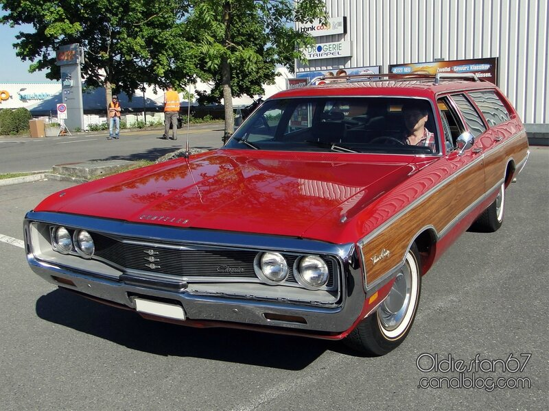 1969-chrysler-town-and-country-01