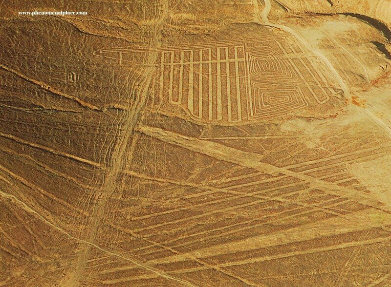 Alien_Extra_Terrestrial_Depiction_In_Nazca_Nasca_lines_Peru_Spiral_Geometry_1