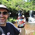 Jénorme se boit une bonne bière à la cascade d'Itsasi (64)