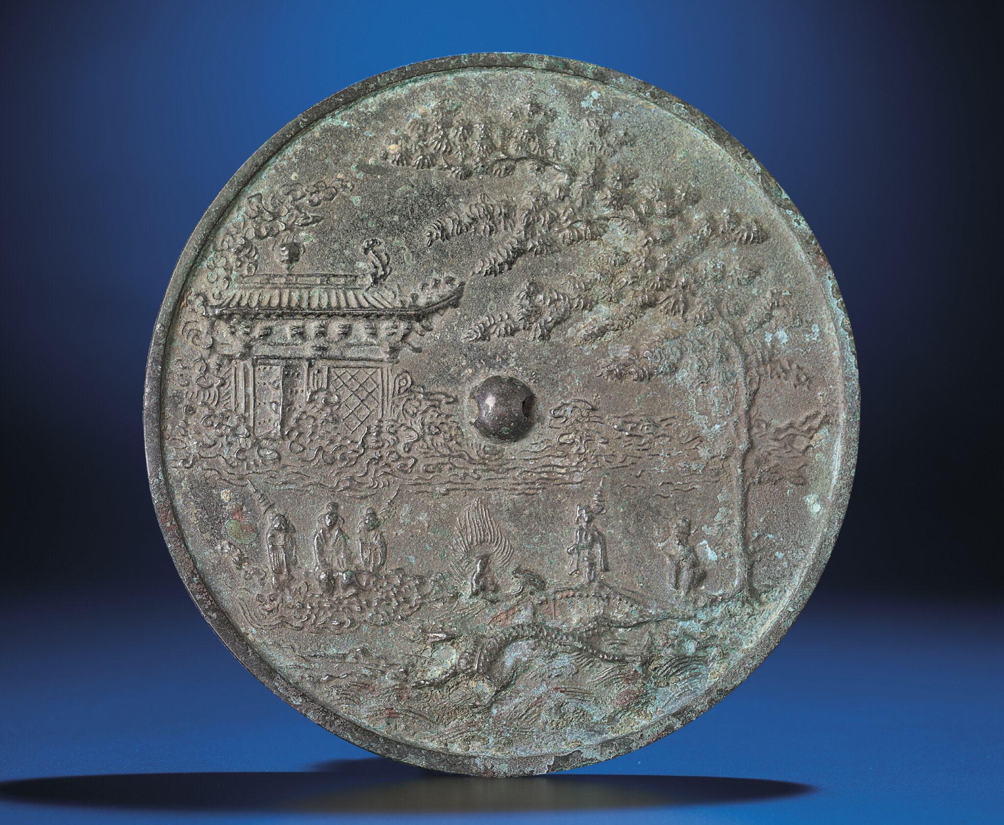 2012_HGK_02963_2231_000(a_rare_bronze_celestial_mirror_song_dynasty)