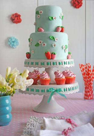 strawberry_cake_0056_650x942