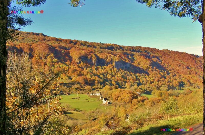 COL D'AULAC AUTOMNE CANTAL 052