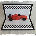 Carte pop-up : la voiture de course kirigami pop-up
