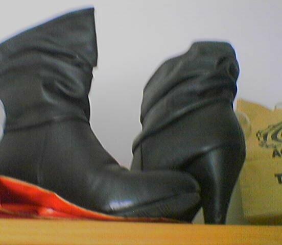 I've got des bottes vraiment trop coûles.. non?