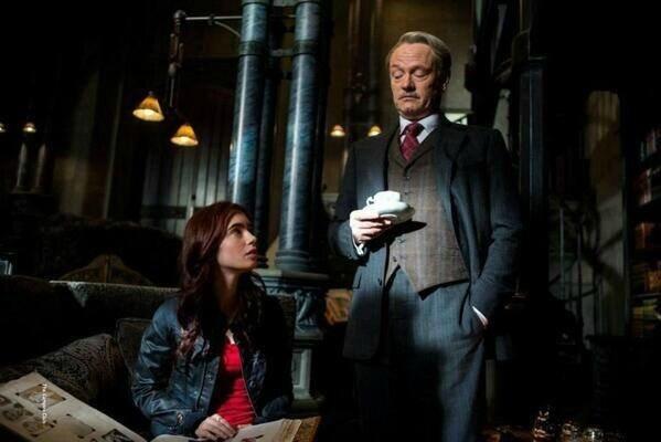Clary et Hodge City of Bones movie TMI