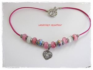 collier-rose-coeur-et-perle-de-verre-rose-lacaudry-creation-1