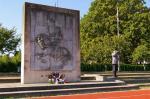 Le monument Jeanne d'Arc à Julius Leber Kaserne (Quartier Napololéon)