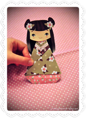 Charlie_Pop_Kokeshi_DIY_papertoys