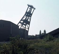 _101215_mines_dossier